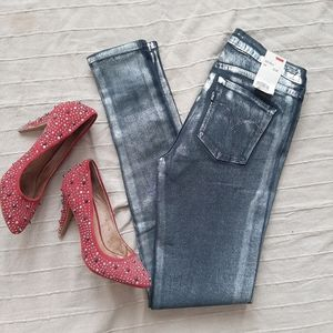 NWT Levi's Silver Metallic Mid-Rise Jegging